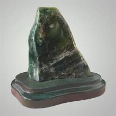 Камень зелёный нефрит