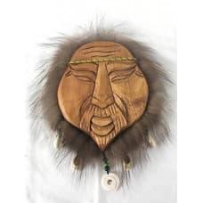 Алтайская деревянная маска с ракушками