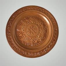 Резная кедровая декоративная тарелка на стену
