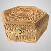 Деревянная резная шкатулка для украшений