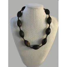 "The ""Kucherla"" necklace"